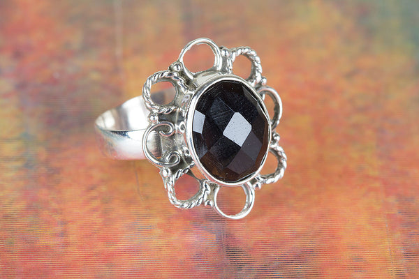 Flower Shape Black Onyx Ring 925 Silver Dainty Ring Alternative Ring Vintage Ring Stylish Design Ring Charm Ring Motivational Ring Latest Woman Jewelry Eye Catch Ring Exclusive Ring Religious Ring Friendship Ring Gift Her