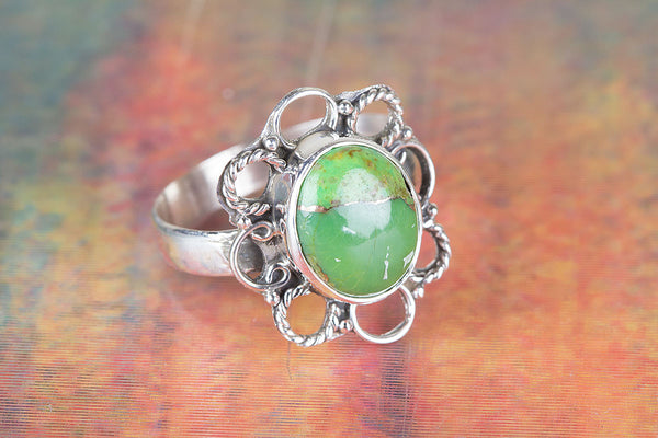 Flower Shape Green Turquosie Gemstone Silver Ring