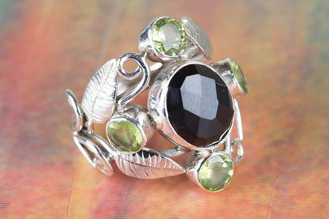 Black Onyx & Peridot Ring 925 Silver Leaf Shape Ring Petite Love Ring Artisan Ring Trendy Ring Attractive Ring Wide Band Ring Special Occasion Ring Bohemian Ring Delicate Ring Special Occasion Ring Everyday Ring Wedding Ring Gift Her