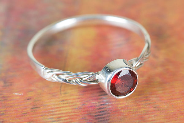 Wonderful Garnet Gemstone Sterling Silver Ring