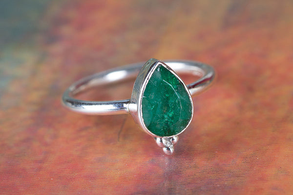 Emerald Gemstone Sterling Silver Ring,