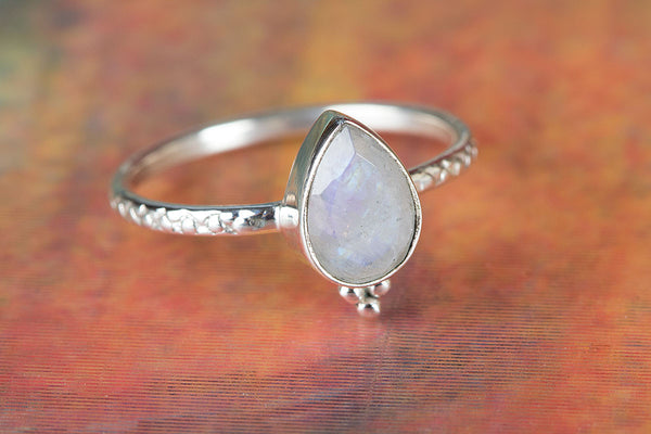 Rainbow Moonstone Ring, 925 Sterling Silver, Pear Shape Ring, Midi Ring, Handmade Ring, Delicate Ring, Party Wear Ring, Anniversary Gift, Inspirational Ring, Dainty Ring, Gift Her.