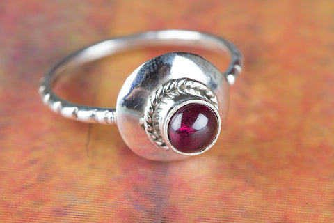 Amazing Garnet Gemstone Silver Ring,