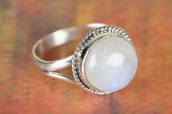 Rainbow Moonstone Ring, 925 Silver Ring, June Birthstone, Promise Ring for Her, Inspirational Ring, Healing Ring, Yoga Ring, Blue Flash Ring