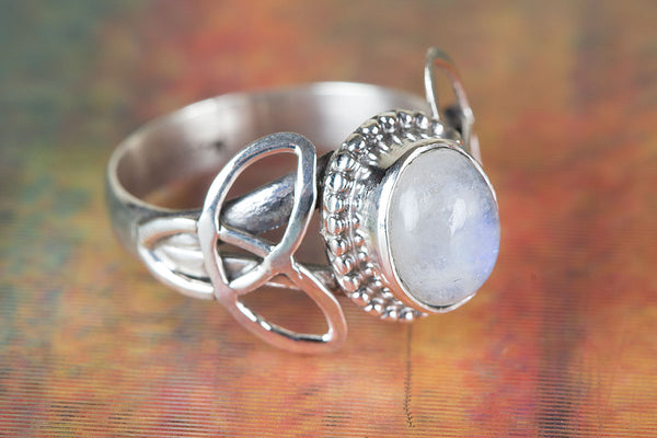 Wonderful Rainbow Moonstone Ring, 925 Silver Ring, June Birthstone, Promise Ring for Her, Inspirational Ring, Healing Ring, Yoga Ring, Blue Flash Ring