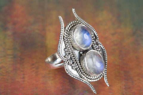 Amazing Rainbow Moonstone Ring, 925 Sterling Silver Ring, Moonstone Jewelry, Natural Stone Ring, Unique Piece, Classy Ring, Alternative Gift Ring, Gift For Her