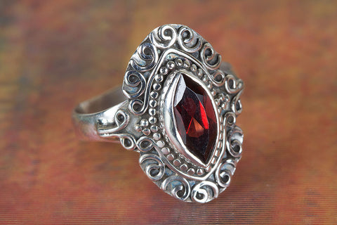 Amazing Garnet Gemstone Sterling Silver Ring,
