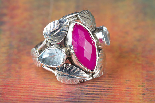 Wonderful Pink Chalcedony Gemstone Sterling Silver & Leaf Ring