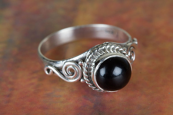 Black Onyx Ring 925 Silver Dainty Ring Unique Ring Gypsy Ring Rare Ring Victorian Ring Granulation Ring Exclusive Ring Anniversary Ring Engagement Ring Yoga Ring Vintage Ring Gift Her