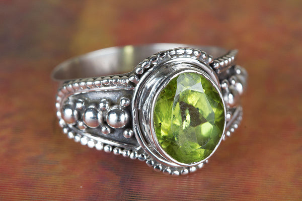 Faceted Peridot Gemstone Sterling Silver Ring