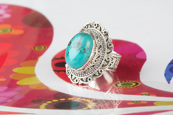 Turquoise Ring, 925 Sterling Silver, Unique Designer Ring, Petite Ring, Best Designer Ring, Oval Shape Ring, Victorian Ring, Artisan Ring, Eye catch Ring, Attract Ring, Engagement Ring, Designer Ring, Gift Wife.