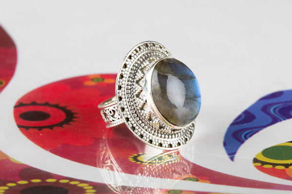 Labradorite Ring, 925 Sterling Silver, Statement Ring, Victorian Ring, Trendy Ring, Granulation Ring, Unique Stylish Ring, Delicate Ring, Modern Ring, Party Wear Ring, Wedding Ring, Inspirational Ring, Attractive Ring, Gift Her.