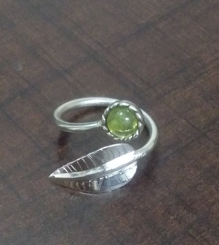 Peridot Ring, Sterling Silver, Feather Ring, Stacking Ring, Leaf Ring, Elegant Ring, August Birthstone, Ring