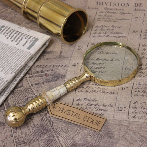 Garo Vintage Magnifying Glass
