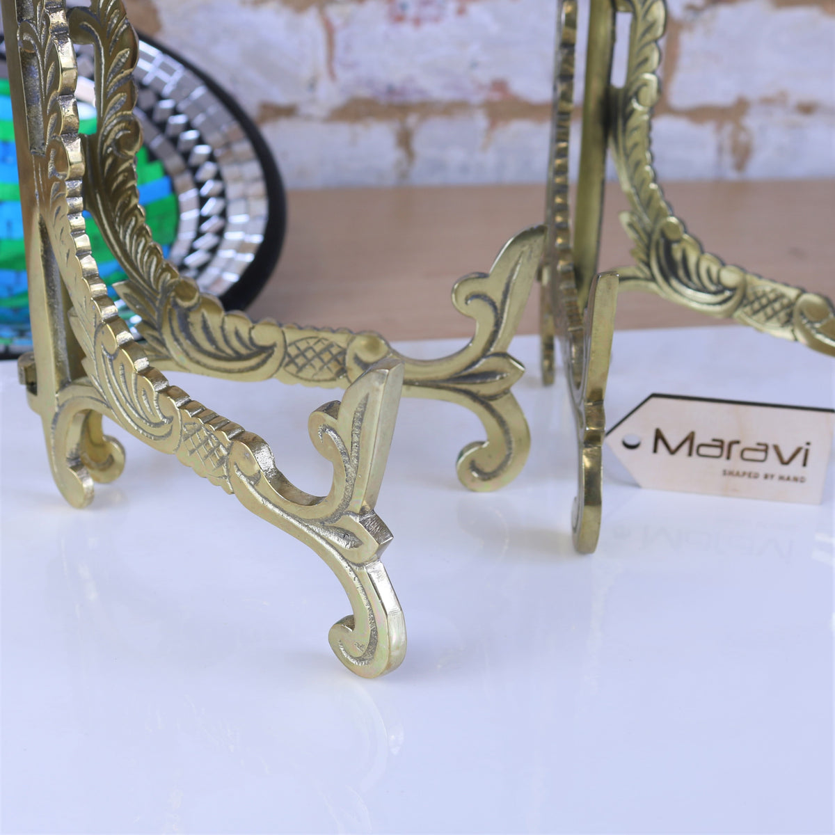 Kooni Set of 2 Gold Ornate Plate Stand - 3 Sizes