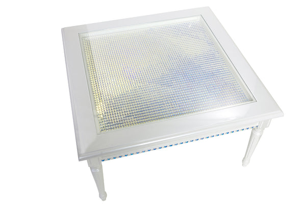Square table PE227