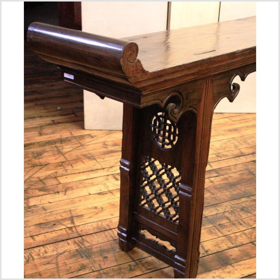 19th Century Chinese Long Carved Wooden Console Table with Fretwork Design