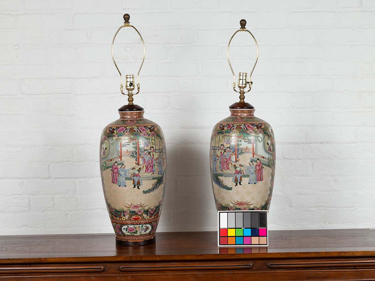 Pair of Vintage Chinese Temple Courtyard Rose Medallion Pattern Table Lamps