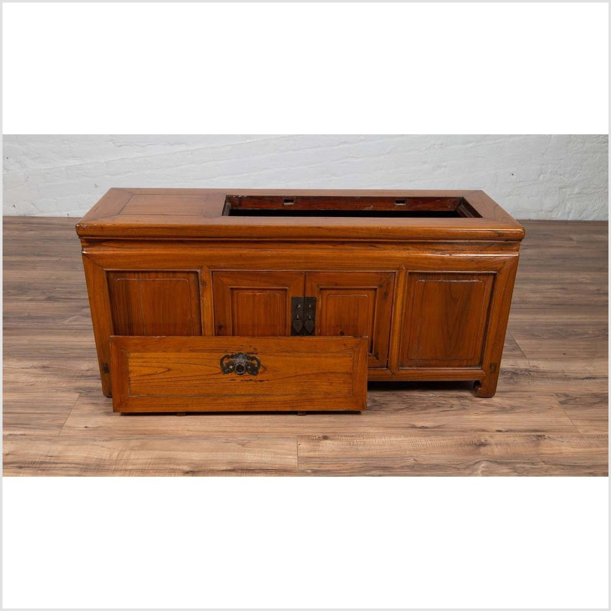 Chinese Antique Two-Door Buffet with Faux Doors and Upper Removable Panel
