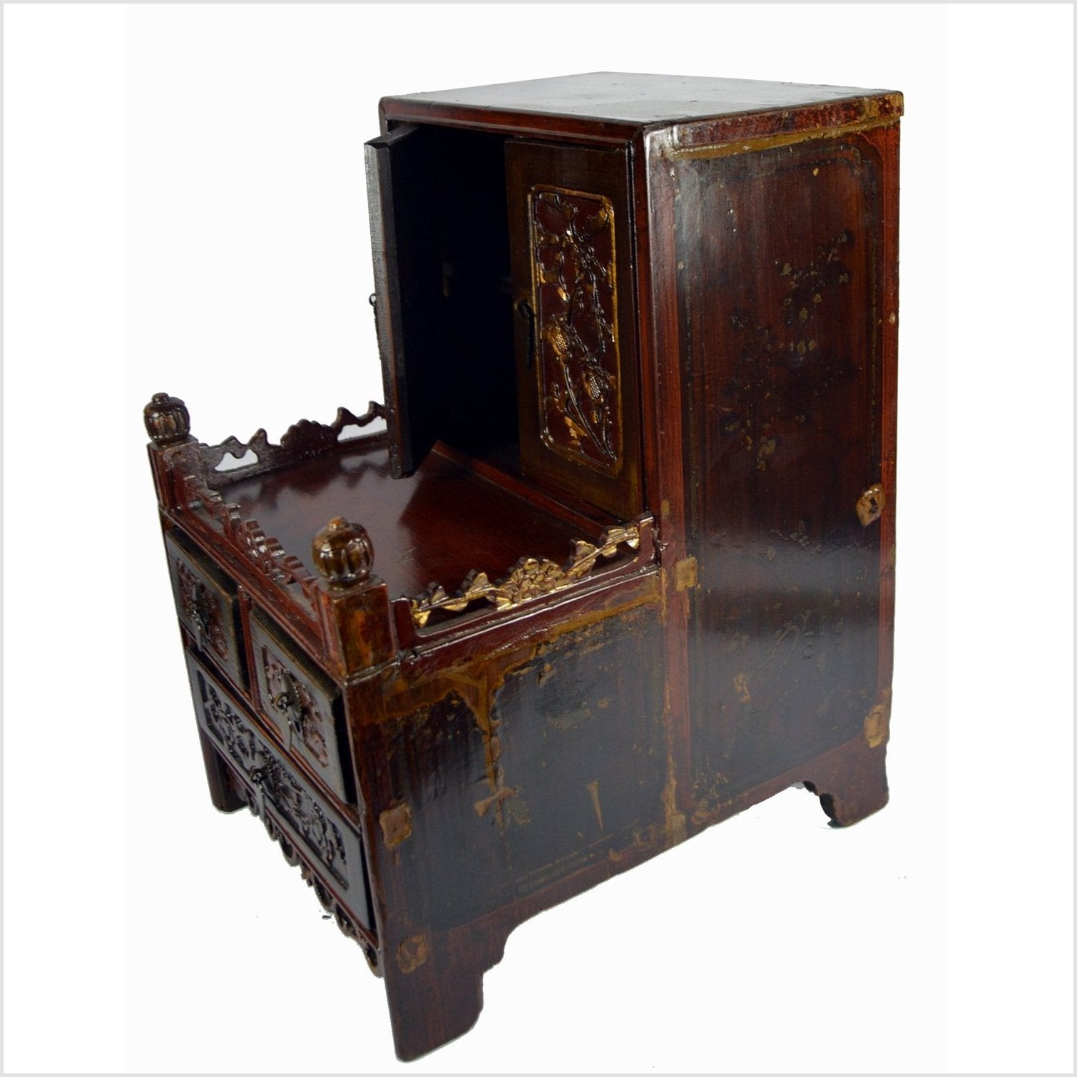 Chinese Small Cabinet