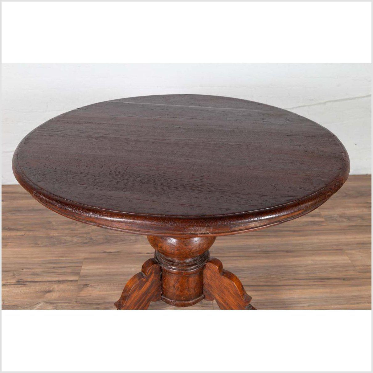 Dutch Colonial Javanese Pedestal Tripod Table with Circular Top and Turned Base