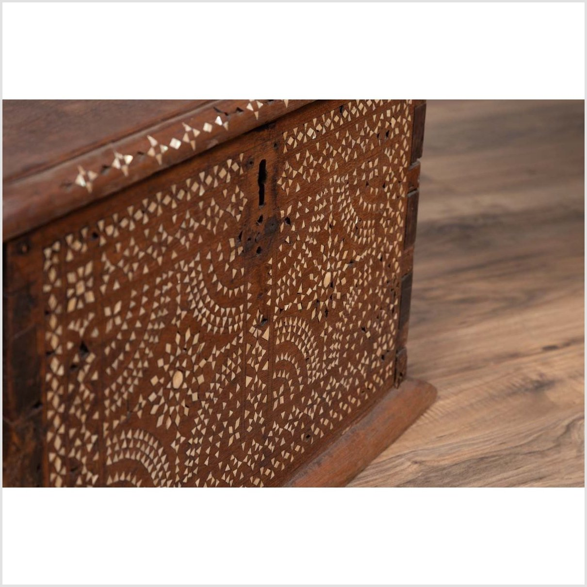 Mid-century Javanese Vintage Wooden Trunk with Mother of Pearl Geometric Inlay
