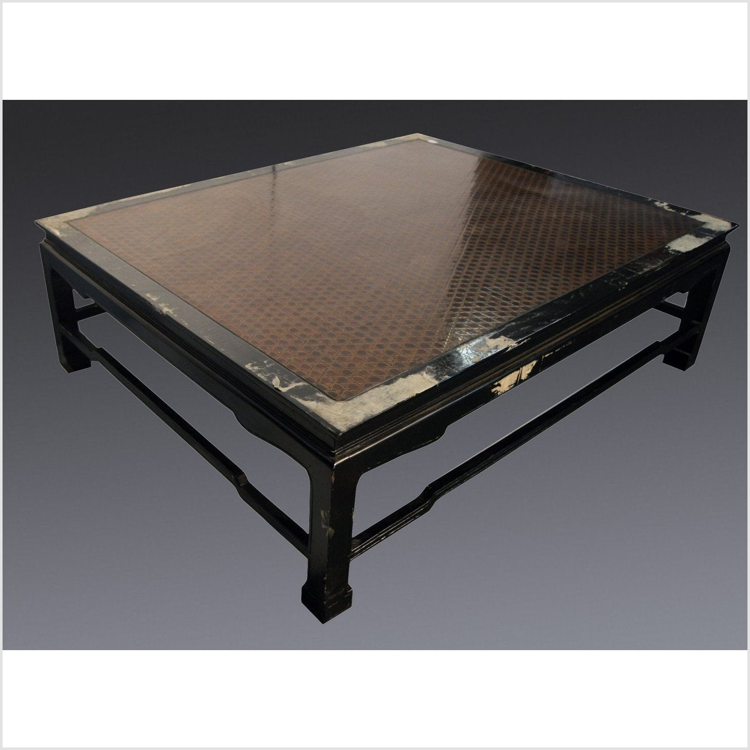 Negora Lacquer Coffee Table
