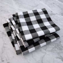 Dinner Napkin / Black Gingham