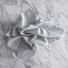 Dinner Napkin / Black Linen Stripe