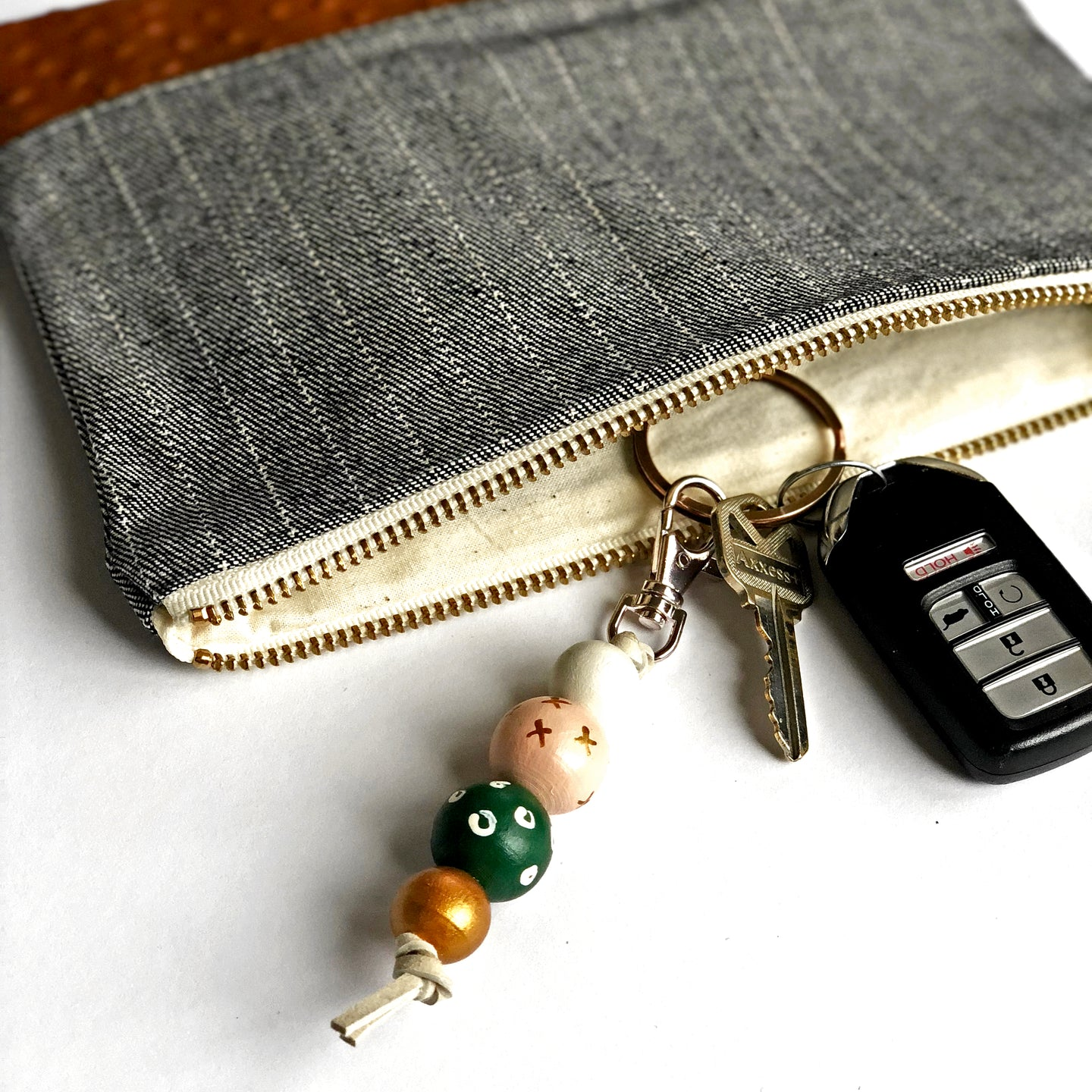 Hand Painted Wood Bead Key Fob in Green