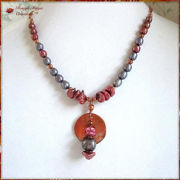 Colorful Pearls and Copper Pendant Necklace