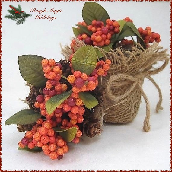 Festive fall mini centerpieces, handmade holiday decor for autumn entertaining and Thanksgiving dinner table