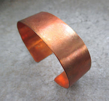 Load image into Gallery viewer, Primitive Copper Cuff Rustic Hammered Metalwork Bracelet