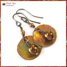 Load image into Gallery viewer, Pearl Drop Earrings with Hammered Copper Discs