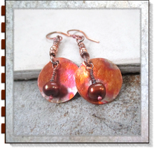 Load image into Gallery viewer, Rustic Copper Earrings with Dark Bronze Luster Pearls & Hammered Disc Dangles