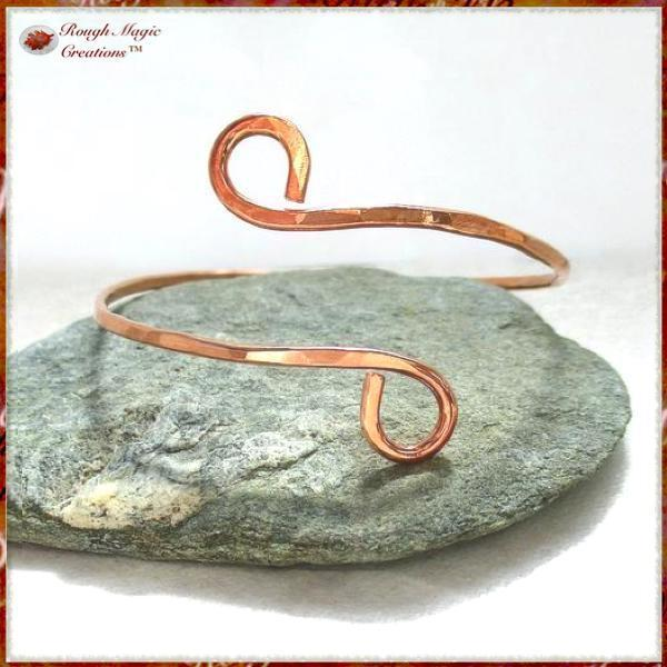 Simple Copper Bangle Bracelet Minimalist Unisex Jewelry for Women and Men Hand Forged by Rough Magic Creations.