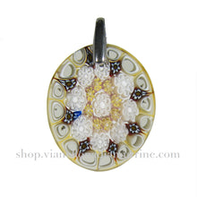 glass pendant necklace