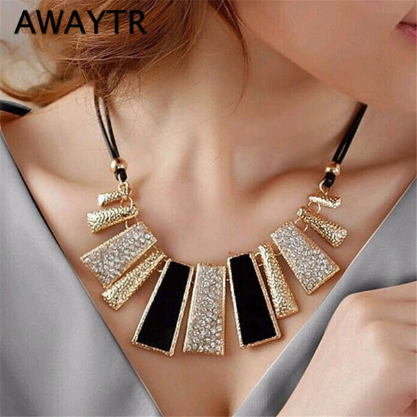 AWAYTR Luxury Vintage Gold Chain Rhinestone Necklaces & Pendants Necklace Trendy Autumn Wedding Jewelry Accessories For Women