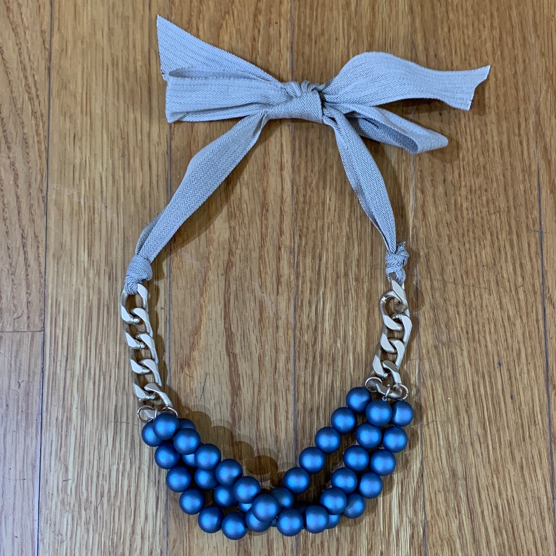 Carson Ribbon Tie Necklace in RUST