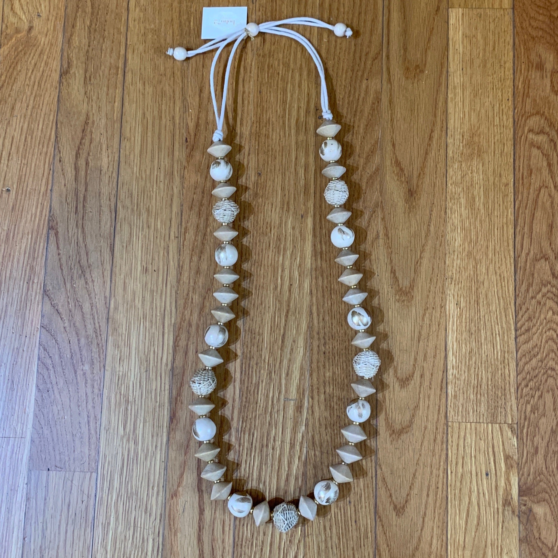 CHUNKY WOOD Beaded Necklace