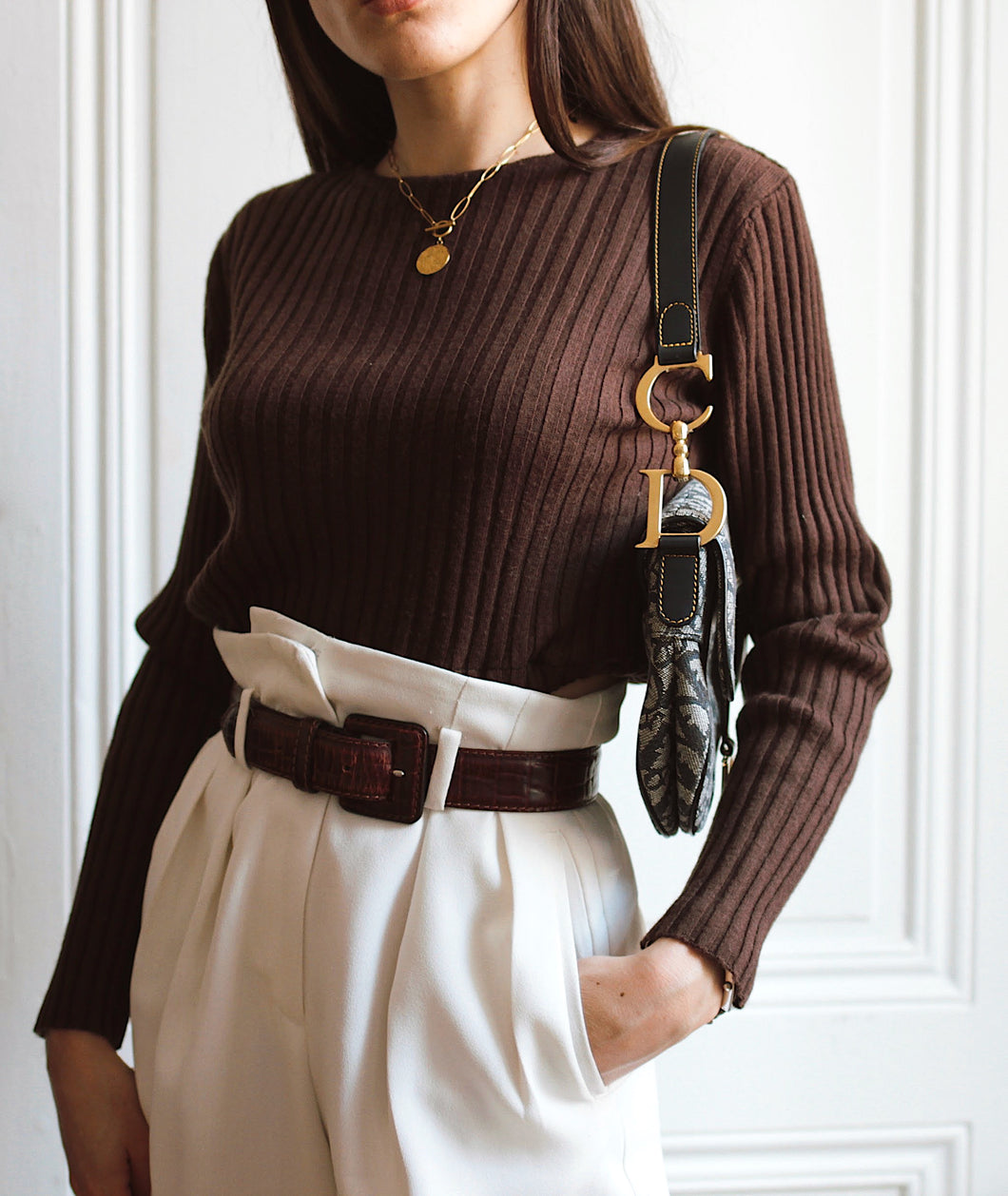 Pull marron crop top