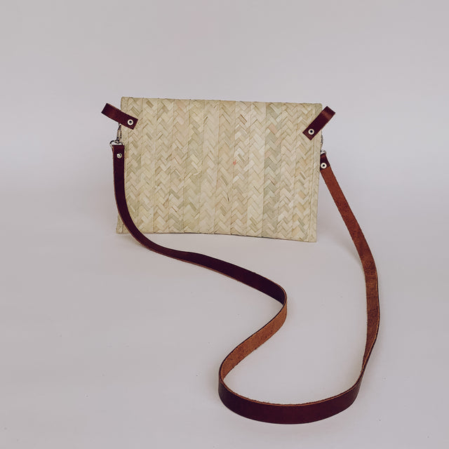 Valentina Straw Crossbody