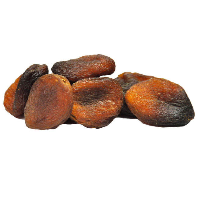Organic dried apricots in bulk
