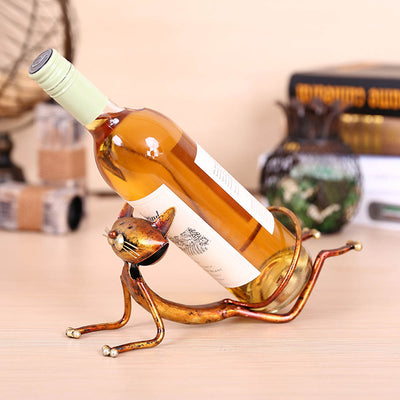 Creative home decoration modern metal decoration crafts yoga cat wine rack