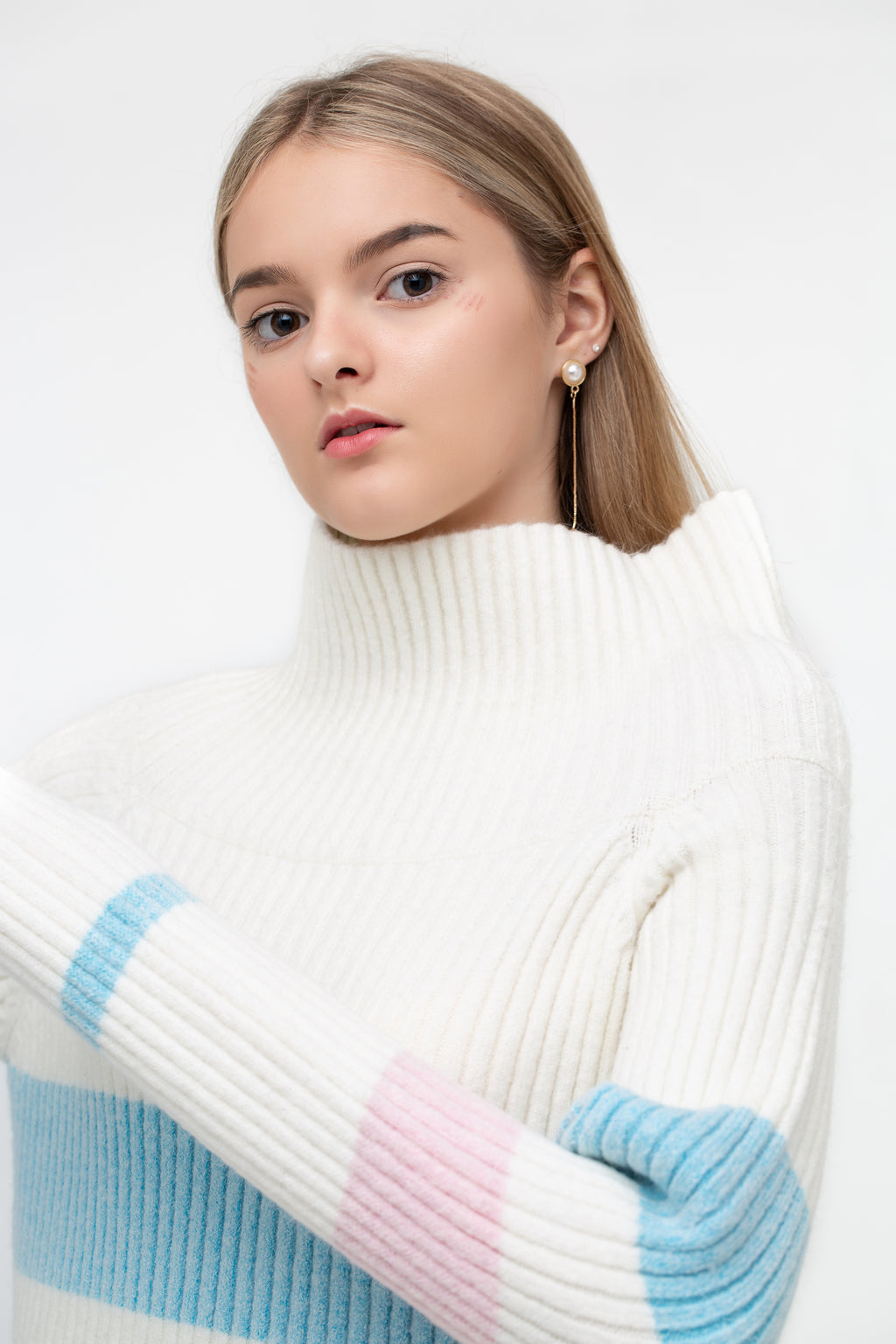 Long Sleeves Off-Shoulder Sweater