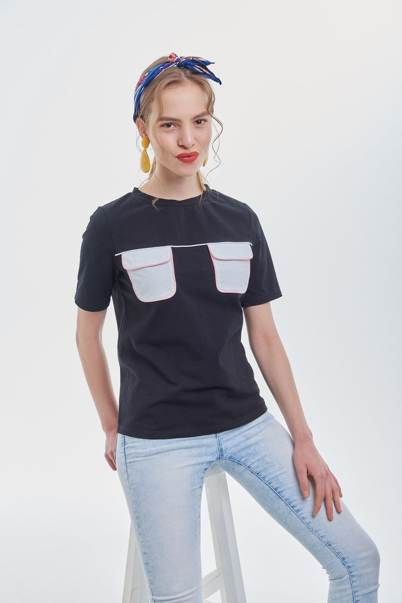 Two Pockets Tee