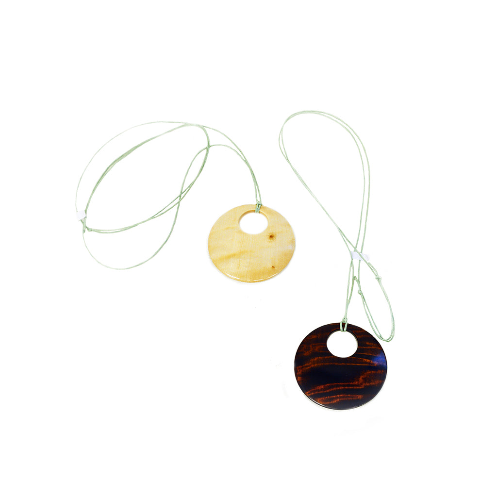 EIK wood & leather string necklace