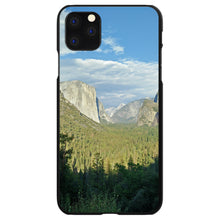 DistinctInk® Hard Plastic Snap-On Case for Apple iPhone - Yosemite Tunnel View