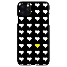DistinctInk® Hard Plastic Snap-On Case for Apple iPhone - Yellow White Black Repeating Hearts