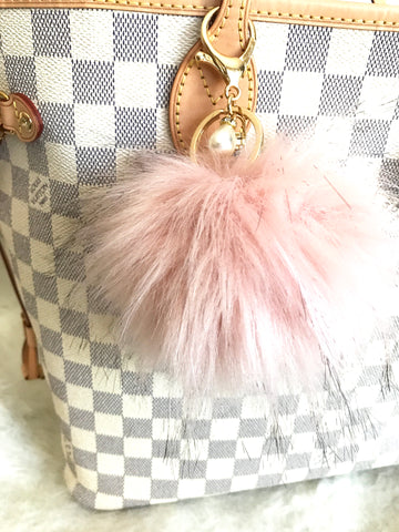 Fluffy Purse Pom,  Pink Medium
